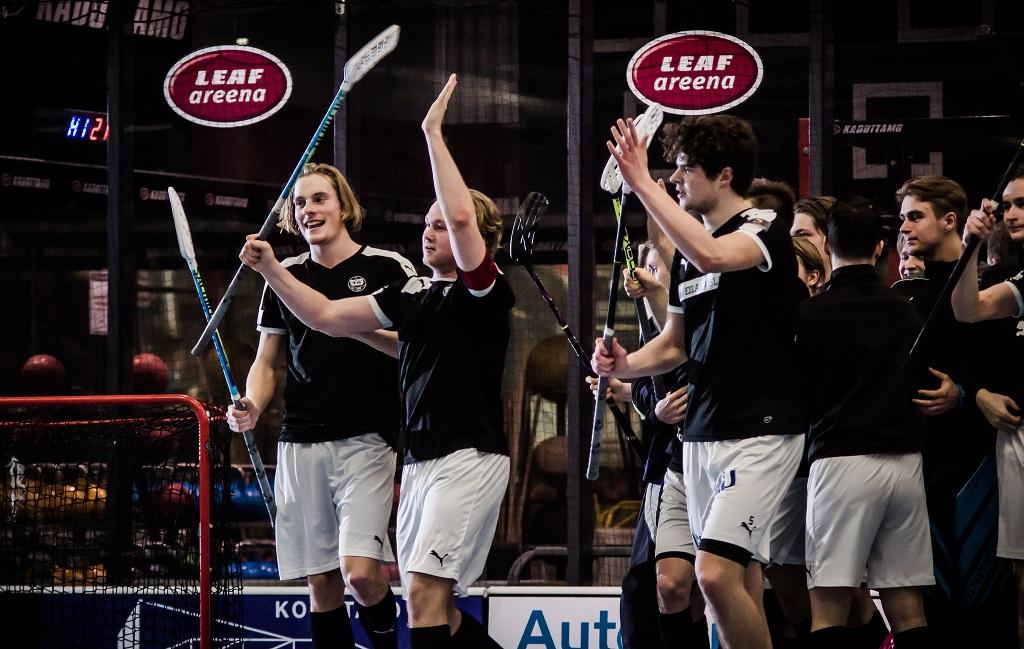 A-nuorten välierät alkamassa. Mitkä joukkueet juhlivat finaalipaikkaa? Kuva: Anssi Koskinen