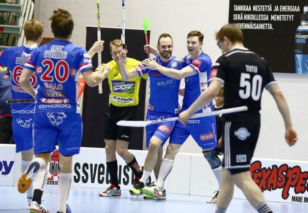 Sinipaitainen Classic oli selvästi hallitsevampi osapuoli neljännessä välieräkamppailussa. Arkistokuva: Juhani Järvenpää