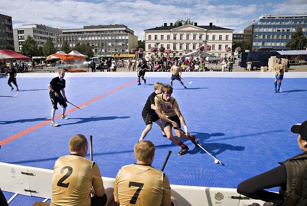 Viisi vuotta sitten pelattiin ulkokentällä Hämeenlinnassa, ja tänä vuonna sama on tarkoitus toteuttaa Tallinnassa. Kuva: Kehittämiskeskus Oy Hämeen kuvapankki