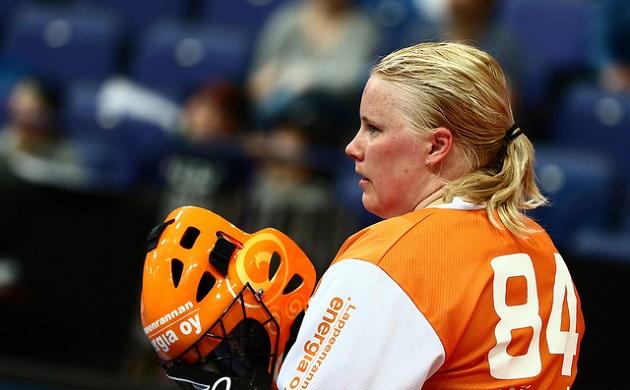 Jonna Mäkelä arvostettiin maailman toiseksi parhaaksi salibandyn pelaajaksi vuonna 2015. Kuva: Salibandyliiga