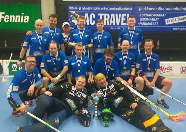 Pro Stars nappasi mestaruuden myös M45-sarjassa. Kultajoukkueessa pelasivat muun muassa Vellu Koivunen, Marko Sompa, Sami Mattila ja Jarkko Savenius.