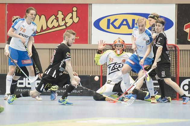 Happeen maalivahti Miro Tuomala vakuutti keskiviikkoiltana: 31 torjuntaa ja vain kaksi päästettyä. Kuva: Esa Jokinen