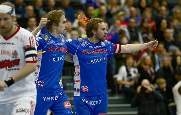 Sami Johansson iski tehot 3+2 Classicin ja Viikinkien välisessä välieräottelussa. Kuva: Juhani Järvenpää