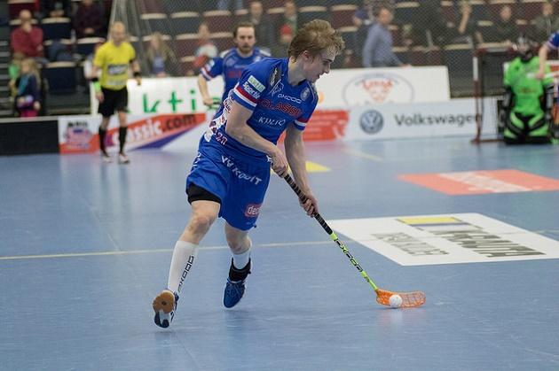Sami Johansson ei pelannut tiistain viidennessä välieräottelussa. Perjantaina hyökkääjä iski voittomaalin. Kuva: Topi Naskali