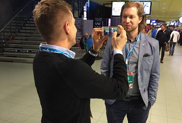 Pääkallo.fi:n päätoimittaja Jussi Ojala haastatteli Salibandyliigan toimitusjohtajaa J-P Lehtosta Hartwall Arenalla Superfinaali-päivänä.