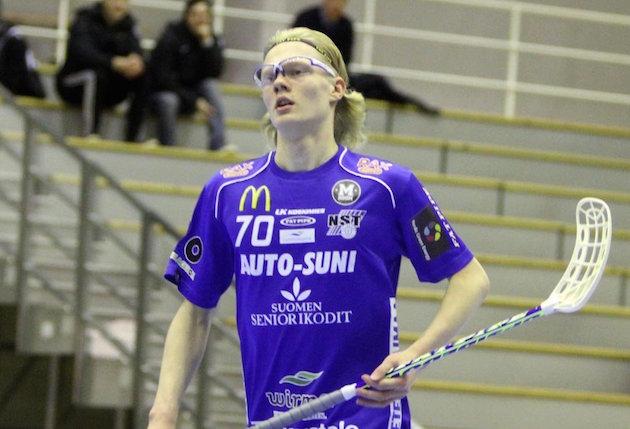 NST:n Joona Rantala oli joukkueensa neljänneksi paras pistemies menneellä kaudella. Kuva: Markku Taurama.