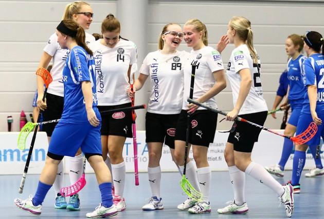 TPS:n naisten liigajoukkueella on kasassa 21 pelaajasopimusta ensi kaudelle. Kuva: Juhani Järvenpää