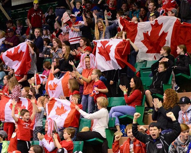 Salibandyn arvokisat kiinnostavat Kanadassa. Kuva: IFF