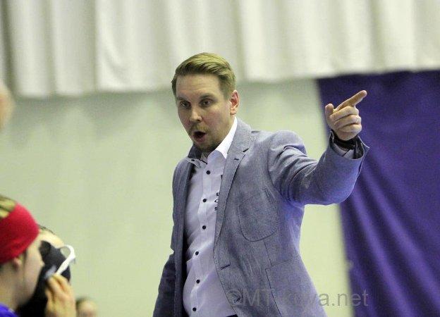 Naisten maajoukkueen luotsiksi siirtynyt mestarivalmentaja Lasse Kurronen löytyy valmentajarankingin kärkipaikalta. Kuva: Markku Taurama