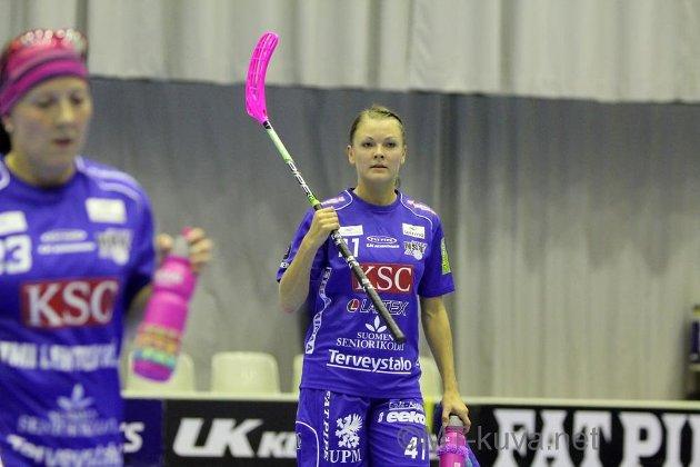 Mia Karjalainen nostettiin pakkilistauksen kuningattareksi. Kuva: Markku Taurama