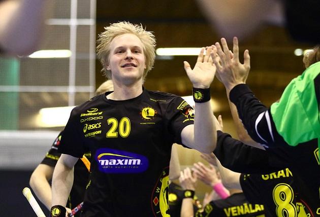 Indiansin Mikael Sievänen latoi 25 maalia viime kaudella. Kuva: Juhani Järvenpää