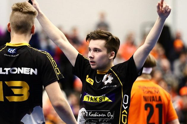 Nico Jonaeson jatkaa Steelersin paidassa. Kuva: Juhani Järvenpää