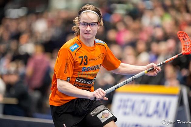 17-vuotias Kainulainen opiskelee tällä hetkellä Lahden lyseon lukiossa. Kuva: Jari Turunen