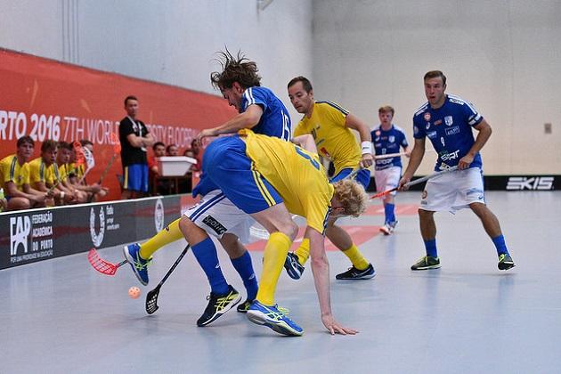 Suomen miesten maajoukkue kaatoi Ruotsin alkusarjassa maalein 9-4. Kuva: IFF