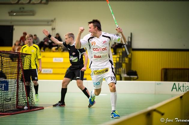 Rasmus Nyström tuuletti maaleja viime kaudella yli 20 kertaa Divarissa. Kuva: Jari Turunen.