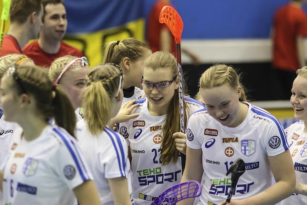 Alle 19-vuotiaiden tyttöjen valmennusryhmä nimetty. Kuva: Salibandyliiga.