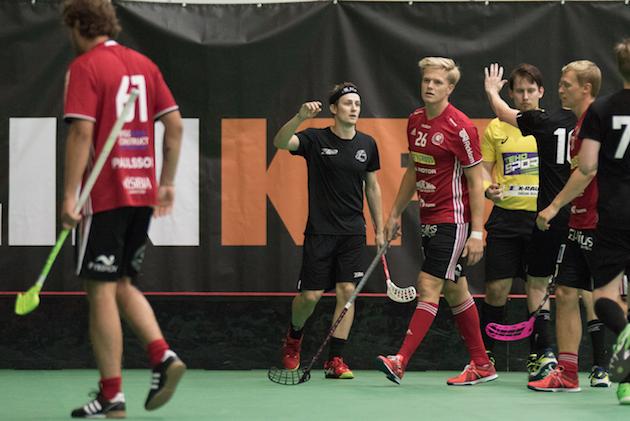 Peter Kotilainen Tallink Floorball -turnauksessa. Kuva: Topi Naskali