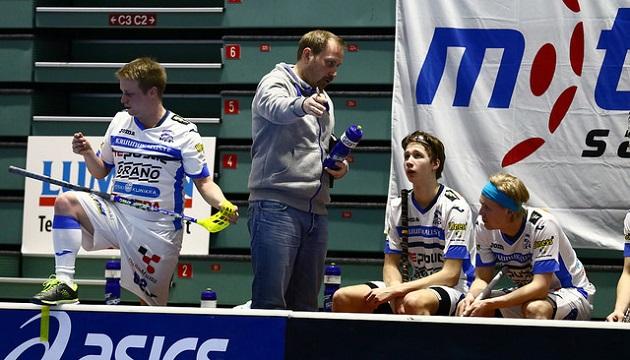 Tommi Merto (vas.) oli Latvian Openin tehopelaaja pistein 3+8. Kuva: Juhani Järvenpää