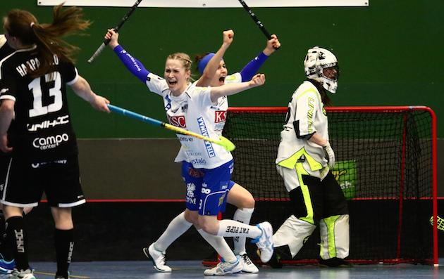 Jaana Lirkki edustaa ensi kaudella välierissä pudottamaansa SB-Prota. Kuva: Juhani Järvenpää.