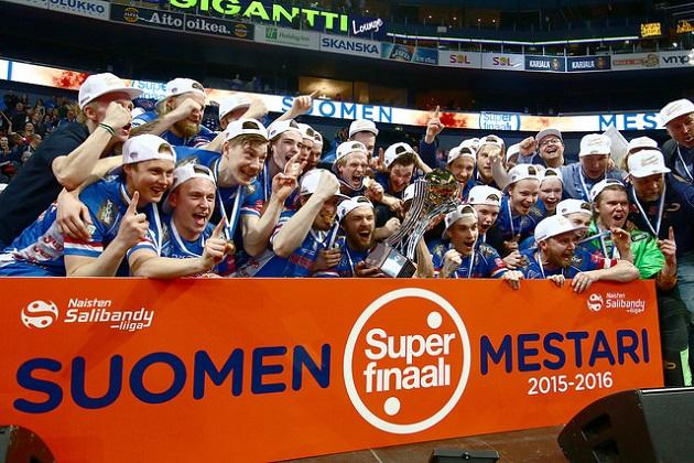 Classicin miesten joukkue lähtee Champions Cupiin ensi kertaa hallitsevana Suomen mestarina. Kuva: Salibandyliiga