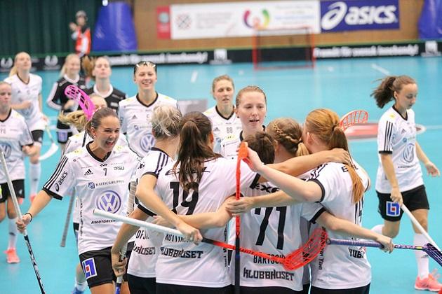 Classicin naisten joukkue kohtaa kivikovan IKSU:n Champions Cupin välierissä. Kuva: IFF