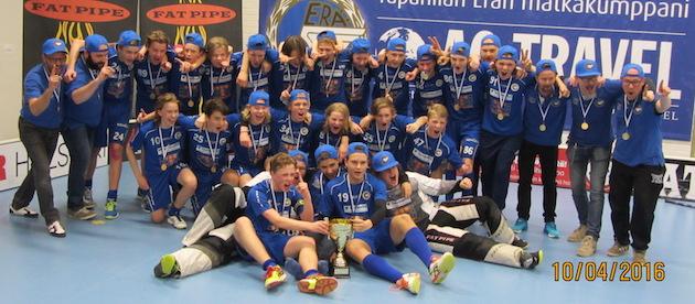 Tapanilan Erä voitti keväällä C2-poikien mestaruuden. Erä, tai siis nykyään EräViikingit, on tälläkin kaudella mestarisuosikki C2-pojissa. Kuva: Mari Kuivamäki