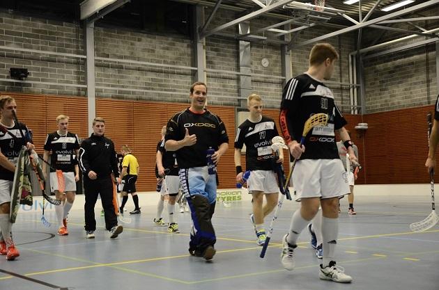 Soittorasialla oli viime kauden päätteeksi mahdollisuus ottaa Divarin sarjapaikka vastaan, mutta joukkue jatkaa kakkosdivisioonassa. Kuva: Antti Hänninen