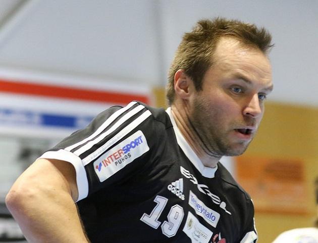 Timo Toivonen pelasi vielä viime kaudella Viikingeissä. Kuva: Salibandyliiga.