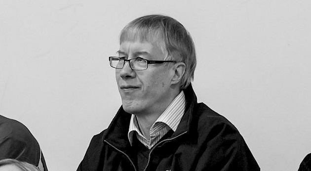 Edesmennyt Antti O. Arponen oli merkittävä ja tuottoisa kirjoittaja myös salibandyn saralla. Kuva: Mikko Hyvärinen