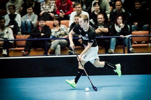 Teemu Aaltonen kuului TPS:ssä pelatessaan liigan huippusentterien joukkoon. Arkistokuva: Anssi Koskinen