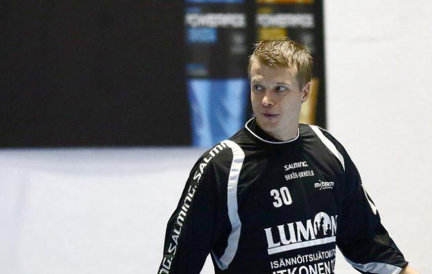Maalivahti Petri Lesch pelasi pääsarjatasolla yhteensä 14 kauden ajan. Kuva: Juhani Järvenpää