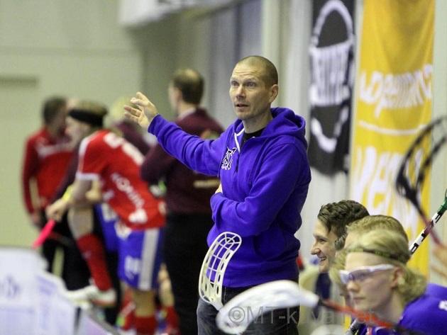 Jarkko Rantala on valmentanut mm. NST:n Naisten ja miesten edustusjoukkueita sekä Tampereen Classicin miehiä. Vuonna 2011 hän luotsasi Suomen U19-pojat MM-kultaan. Kuva: Markku Taurama / mt-kuva.net
