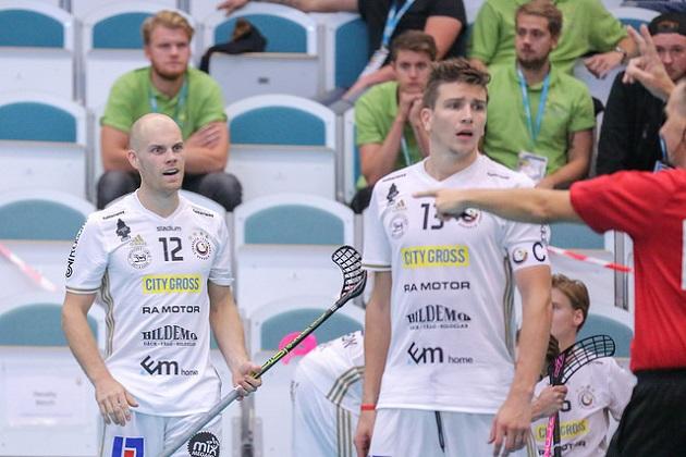 Henrik Stenberg (vas.) saatetaan sittenkin nähdä MM-karkeloissa. Kuva: IFF