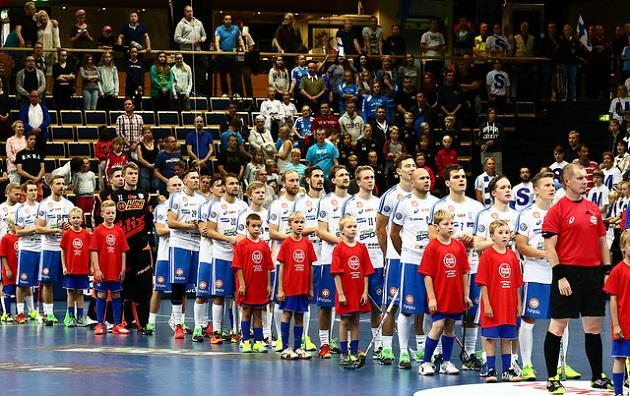 Suomen miesten maajoukkueella on edessään viikonloppuna pelillinen kenraali MM-kisoja ajatellen. Kuva: Salibandyliiga
