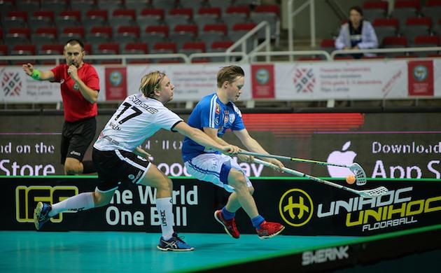 Krister Savonen (oik.) on yksi tuoreimmista kansainväliselle tasolle nousseista suomalaispelaajista. Kuva: IFF.