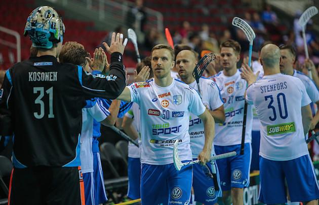 Tero Tiitu ampui kaksi maalia Viron verkkoon maanantaina. Kuva: IFF.