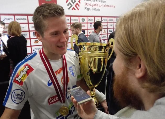 """""""Tatti"""" ja """"Poika"""" Pääkallo.fi:n haastattelussa. Kuva: Anssi Karjalainen."""