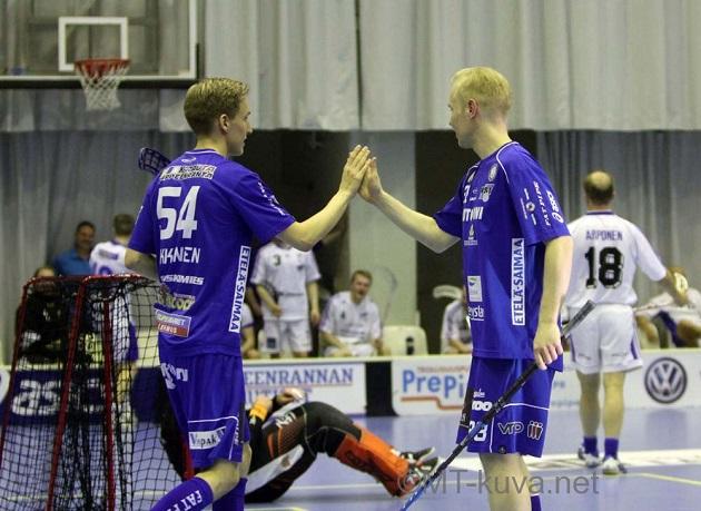 Janne Ruippo (oik.) palaa jälleen tuttuun NST-nuttuun. Kuva: Markku Taurama