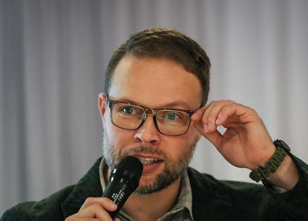 Juhani Henriksson siirtyy uusien haasteiden pariin vuodenvaihteen jälkeen. Kuva: Mika Hilska