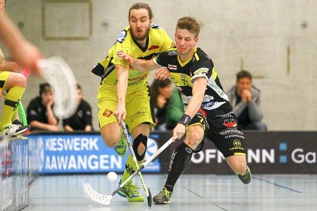 Niklas Niirasen visiitti Sveitsissä sen kuin jatkuu. Kuva: Raphael Studer / unihockey.ch..