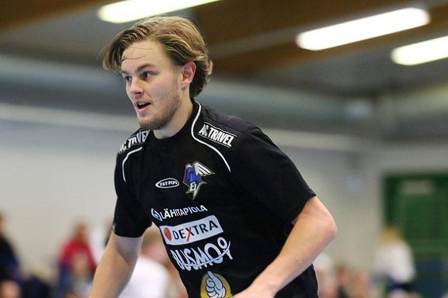Miko Kailiala osui kahdesti Happeen verkkoon. Kuva: Juhani Järvenpää