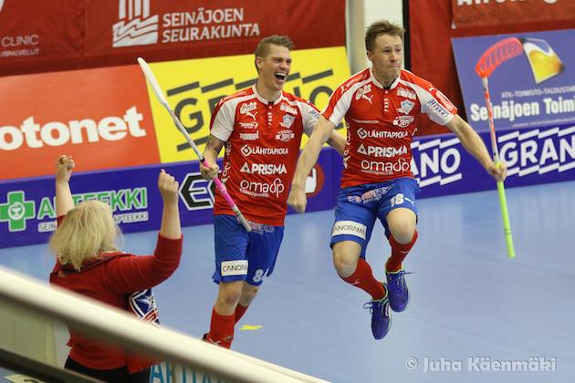 Henri Urmas ratkaisi ottelun eilen SPV:n hyväksi. Kuva: Juha Käenmäki.